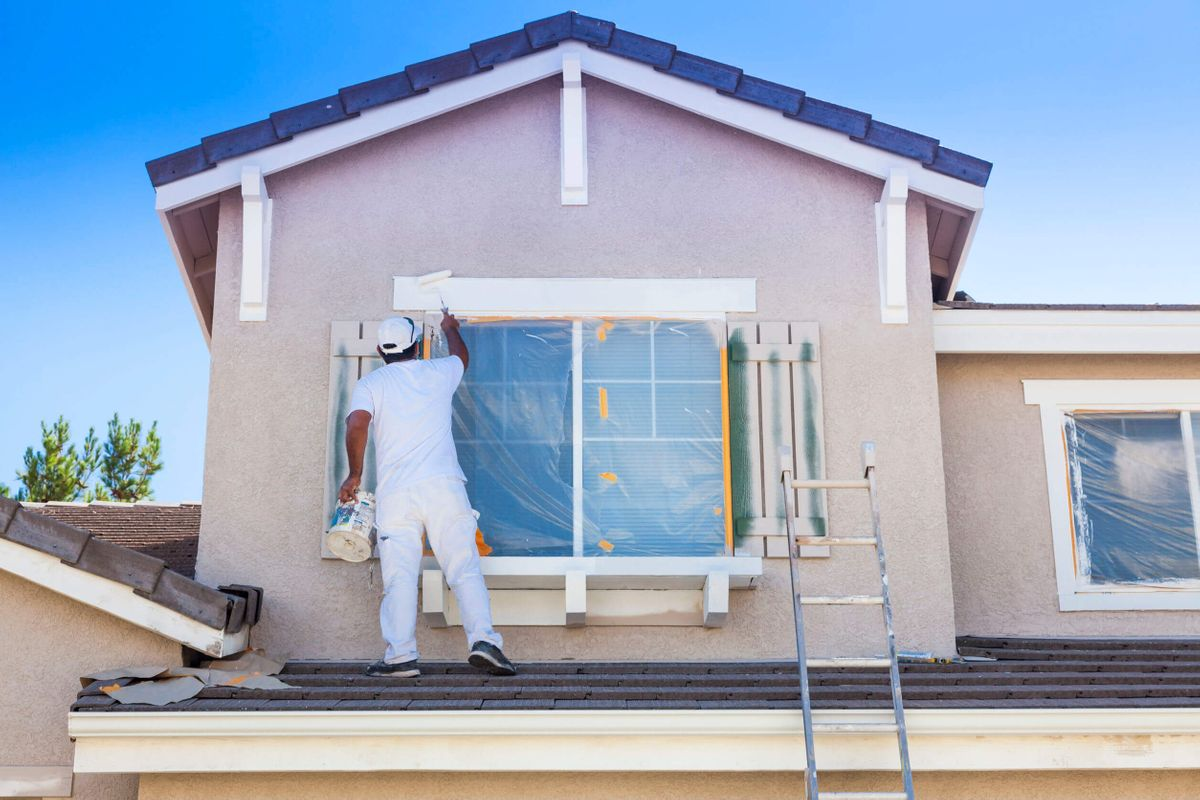 Hiring-Pros-for-Safe-House-Painting.jpg