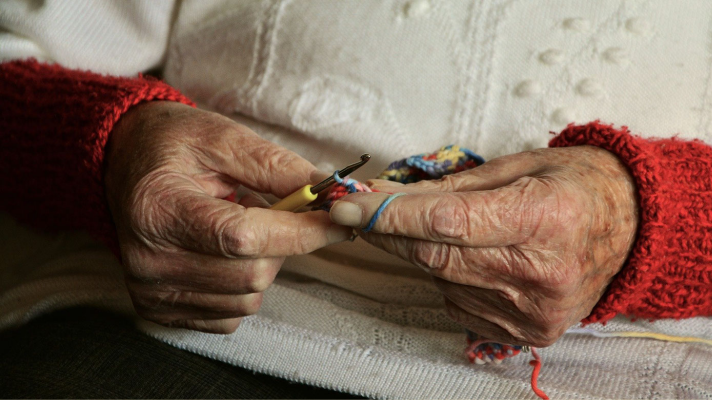 senior-home-care-services.png