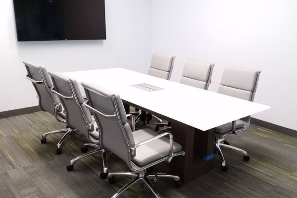Optimum - Glass Conference Table